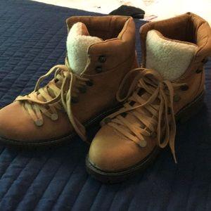 Rampage hiking boot